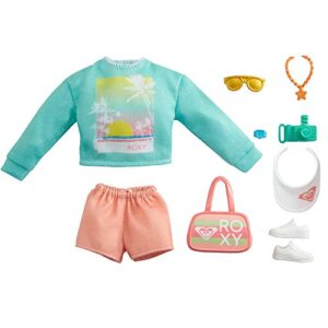Barbie Storytelling Fashion Pack of Doll Clothes Inspired by Roxy: Sweatshirt with Roxy Graphic, Orange Shorts & 7 Beach…